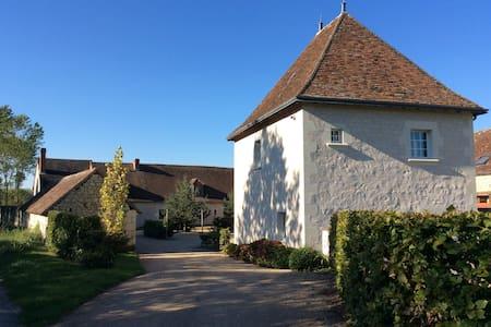 Gîte 4 pers, élégance et silence - House