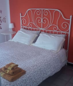Double room with shared bathroom - Bed & Breakfast