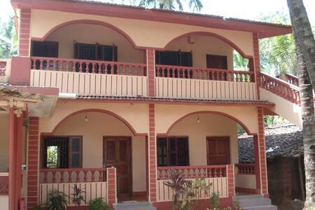 Комната в доме в Ашвеме - Haus