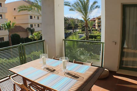 2 bed apartment in Sotogrande Marina - Wohnung