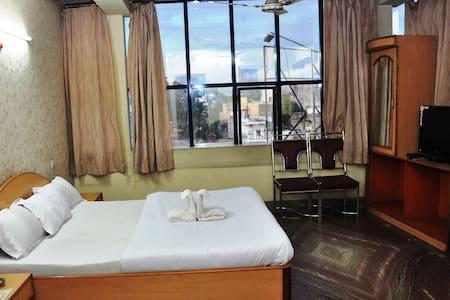HOTEL AASTHA - Rourkela - Bed & Breakfast