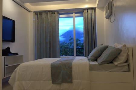 Condotel w/ view of Mayon Volcano - Daraga