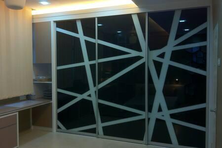 InteriorDesigner unit with kitchen - Byt