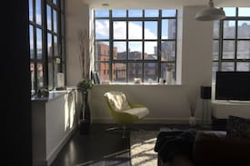 Picture of Bright, relaxing, modern NQ apt