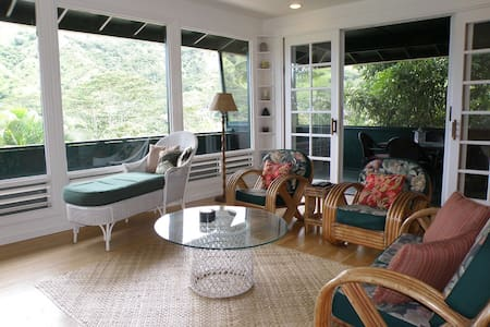 Wainiha Cottage-Amazing Valley Views! - Ház