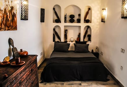 The Hera suite, breakfast & wifi - Marrakesch