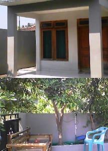 Home Stay di Prambanan - Prambanan