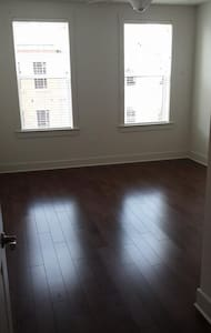 One Bedroom available for very low price - Kearny - Apartment