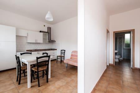 BILOCALE VICINO AL MARE E PINETA - Apartment