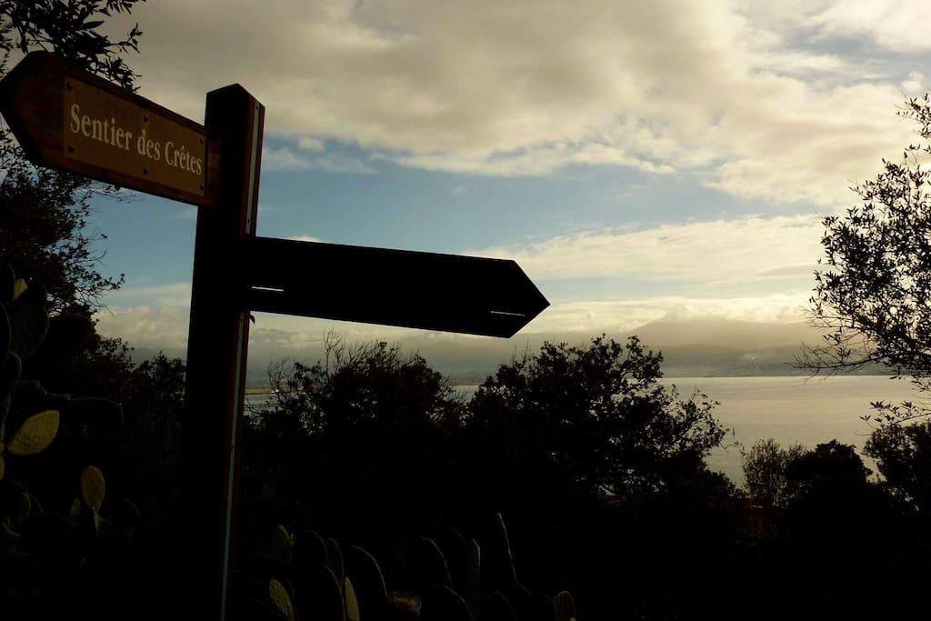 Sentier Panoramique: Départ à 3 minutes à pied