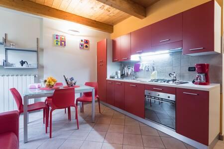 Moderno bilocale nel cuore storico - Apartment