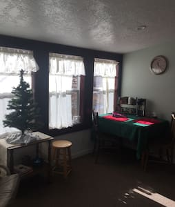 One bedroom suite, can sleep 4 - Loveland - Apartment