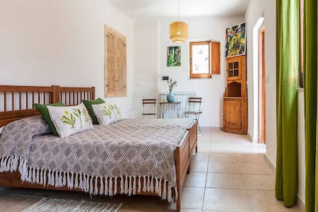 Rural Guesthouse Monte Ofelio (camera natura) - Bed & Breakfast