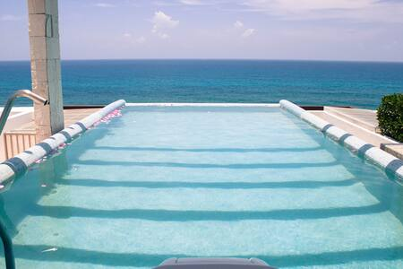 Best view in Isla Mujeres Lux Condo