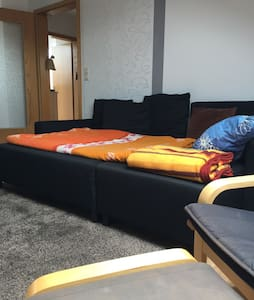 Gemütliche Schlafcouch + Flatscreen - Apartment