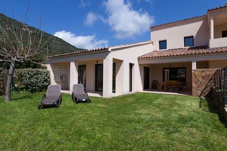 Villa 1 climatisée 140 m2 standing - Vico - Villa