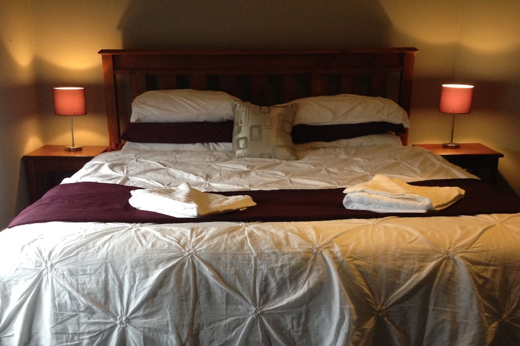 Main bedroom, king size bed.