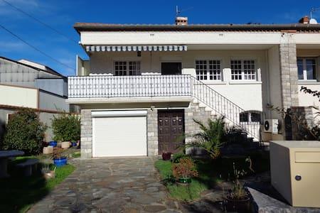 appartement proche de la côte et de l'espagne - Vila