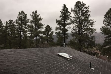 Master bedroom with a view! - Flagstaff