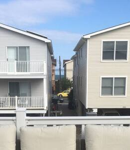 2nd Floor Condo/House - Ocean City - Condominium