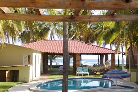 Casa frente a Playa Costa Azul, VILAMAR - Huis