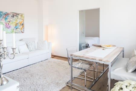 Neu renoviertes Apartment, voll ausgestattet - Lakás