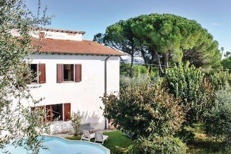 4 Bedrooms Home in Montecchio di Peccioli - Montecchio di Peccioli - Casa
