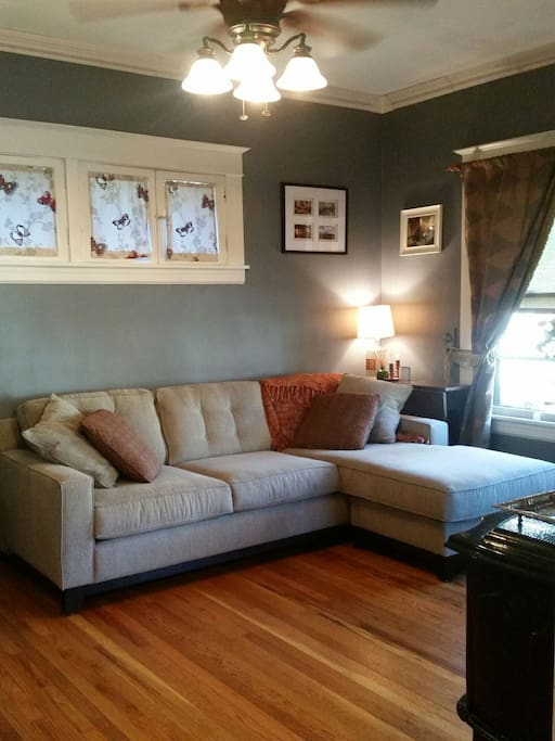 This cottage is your perfect home for Derby - or any visit to Louisville