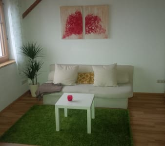 Dachgeschoß mit Terasse und Garten - Appartement en résidence