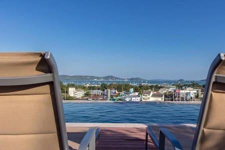 New condo, Seaview Rooftop Pool 10 - Ortak mülk
