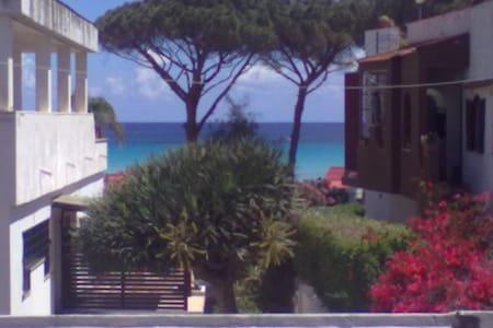 Mondello  vicinissimo alla spiaggia - Villa