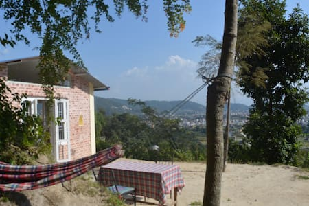 Gagan's cottage with view on the valley - Katmandú