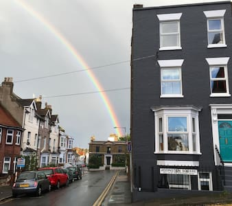 Cosy retreat walking distance to Beach and Shops - Margate