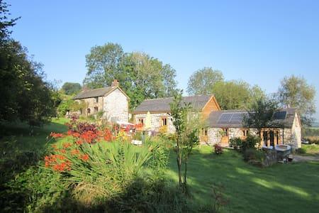 Historic Farmhouse in 5* secluded Tyddyn Retreat - Talo