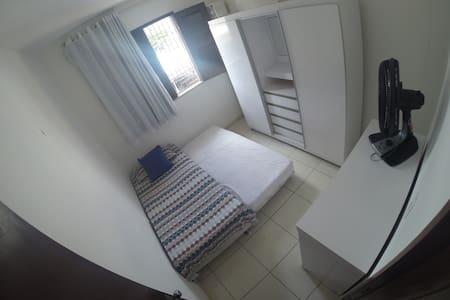Ótimo quarto próximo a Praia de Iracema. - Fortaleza