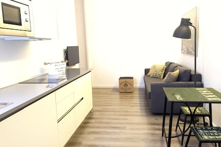 25% OFF IN GOLDEN TRIANGLE ART - Madrid - Apartment