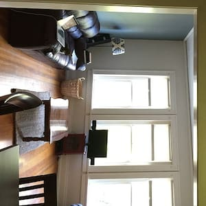 Classy Oregon District Loft Overlooking 5th St! - Dayton - Apartamento