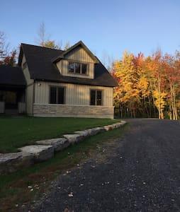 Pinestrand Loft in the Woods - Ottawa