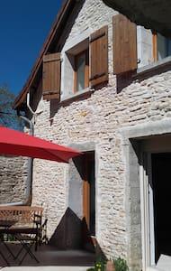 Maison Bretigny - Huis