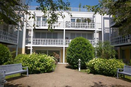 Modern & comfortable close to Frankfurt - Appartement