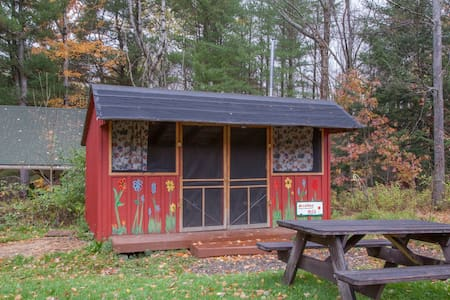 Rustic Camping Cabin on Hammond Hill - Freeville - Kisház