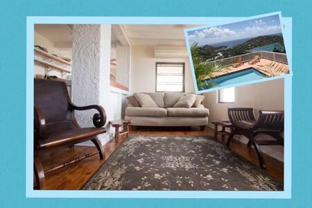 Windcrest Garden Villa ~ Amazing View - Lakás