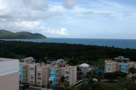 Ocean View Penthouse/Villas del Faro Resort - Maunabo - Appartement
