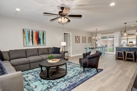 Remodeled Two Master's w/ Pool in Old Town - Scottsdale - Rumah