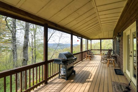 'Catspaw Cabin'- Dazzling 3BR Cullowhee House - Cullowhee - Rumah