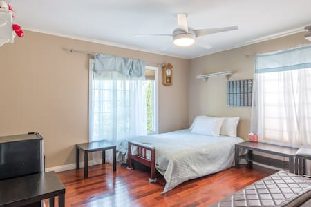 DECEMBER SPECIAL ONLY  P ROOM $39 - Los Angeles - Haus
