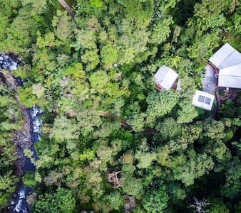 Exceptional Cabin surrounded by Cloud Forest - Mindo - Sommerhus/hytte