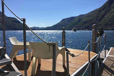 Paradise cottage facing Como lake - Pognana Lario - Villa