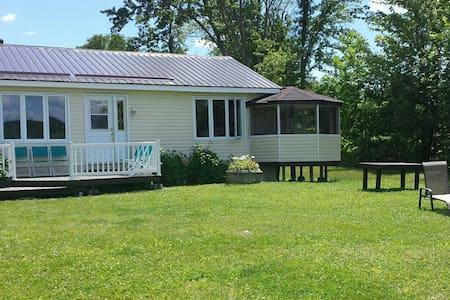 Blue Heron Hideaway - House