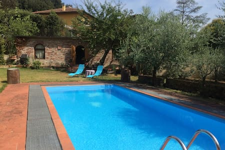 LUXURY COTTAGE in Florence with SWIMMING POOL - Florencia - Cabaña